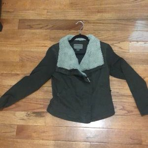 Anthropologie Sweater/Jacket with removable collar